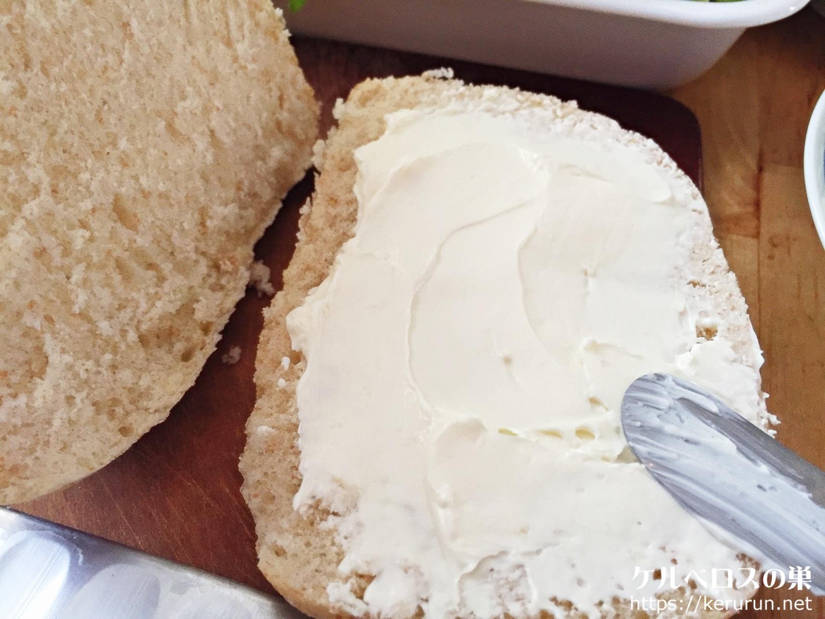成城石井のロールパンで作るサンドイッチ弁当